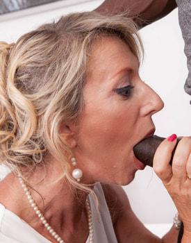 MILF Marina Beaulieu Tastes her First Big Black Cock-5