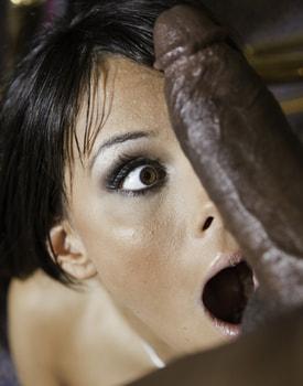 Melanie Memphis Deepthroats and Anal Sex in an Interracial Quickie-8