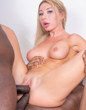 Marilyn Kristal Wants Two-8