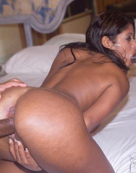 Sexy Brazilian Wants Hardcore DP-4