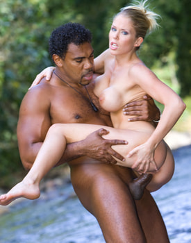 Jamie Brooks Has Anal Interracial Sex in a Tropical River-10