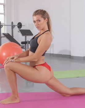Interracial Workout for Gym Babe-2