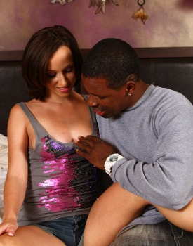 Interracial 3some with my Stepmother-2