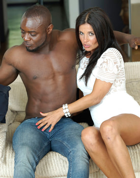 MILF Soraya Rico Enjoys with Anal in her First Interracial-2