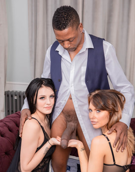 Shay London and Chelsea Ellis, Good Friends Share Everything-5